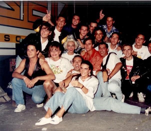 Con Alejandro Sanz y otros amigos.
