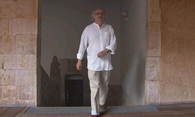 Antonio Colinas aparece en el videoclip
